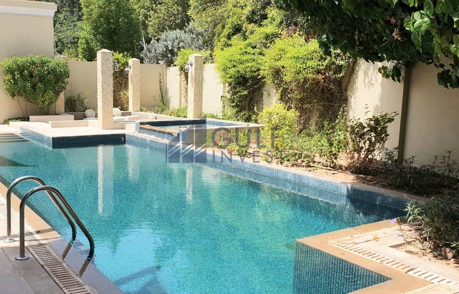Must see luxury furnished vacant 6 bedroom villa