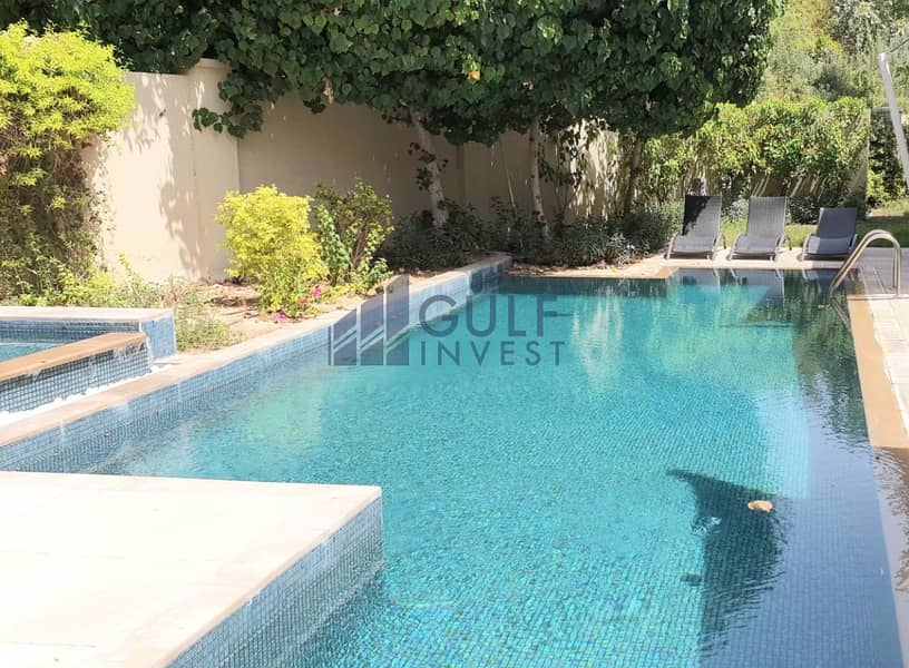 2 Must see luxury furnished vacant 6 bedroom villa