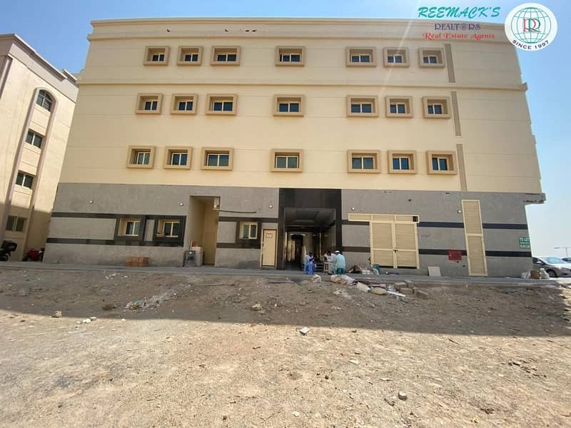 2 BRAND NEW 1 BR HALL FLATS IN MUWEILLAH AREA