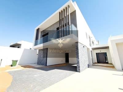 6 Bedroom Villa for Sale in Yas Island, Abu Dhabi - Hot! Modern Stylish w/ Great Finishing Golf Villa