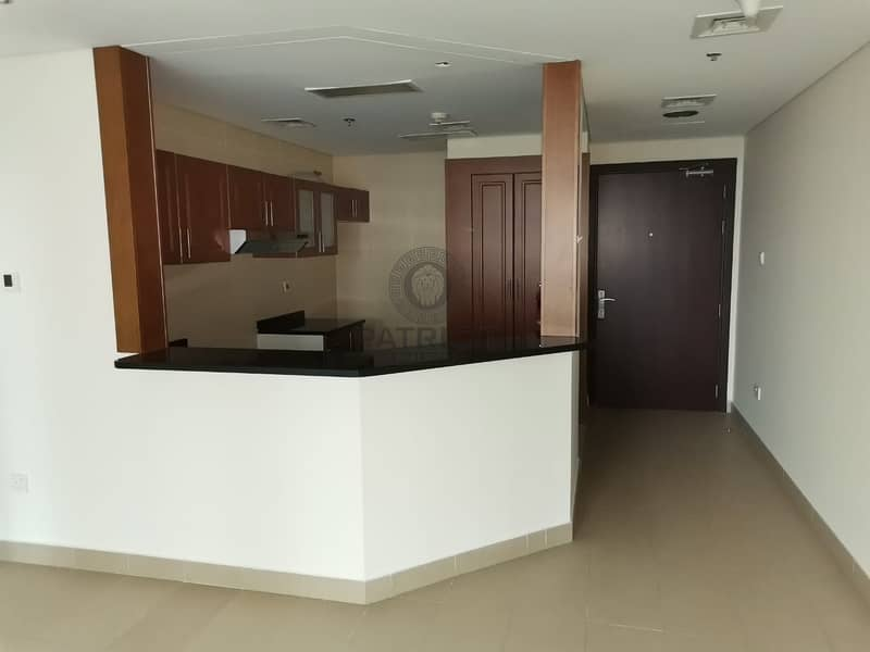 2 Hot Deal lite and Spacious 1 bedroom available for Rent in Lakeside Residence