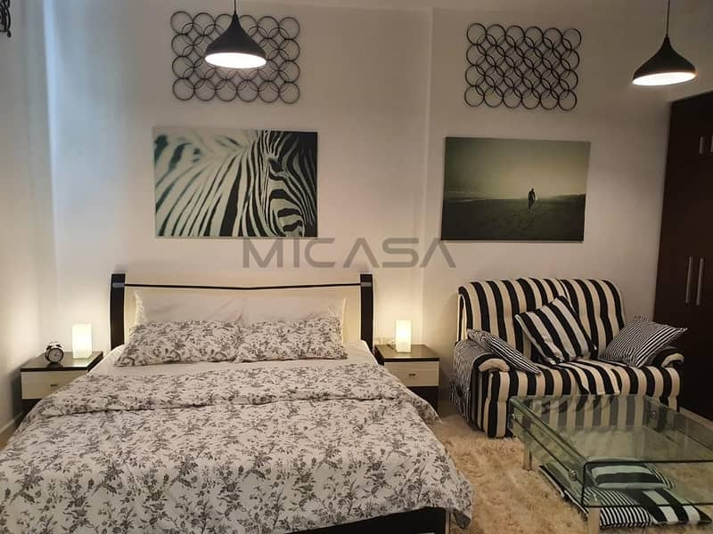 2 Fully Furnished Studio! Lovely Bedroom at Prime Location!