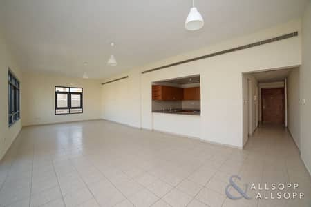 3 Bedroom Apartment for Sale in The Greens, Dubai - Vacant Now   Large 3 Bedroom   2