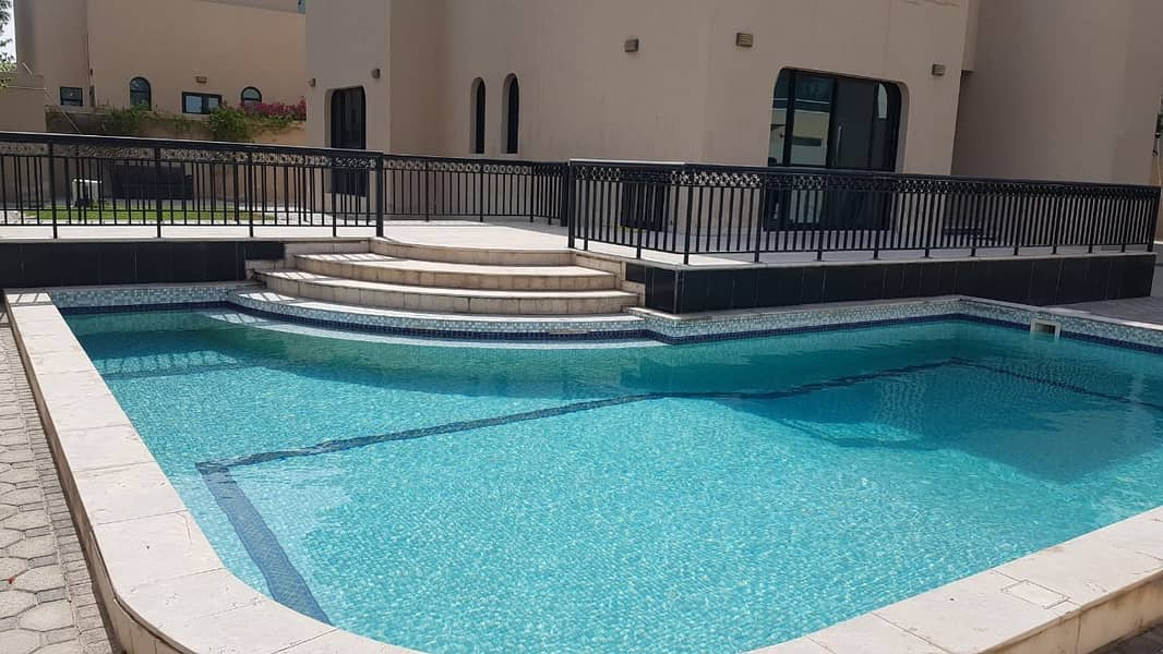 *** HOT OFFER – Luxurious 4BHK Duplex Villa with private swimming pool available in Al Falaj, Sharjah