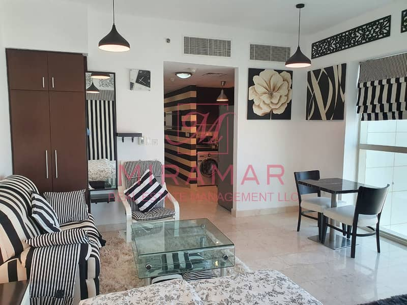 FULLY FURNISHED!!! HIGH FLOOR!! COMFORTABLE UNIT!