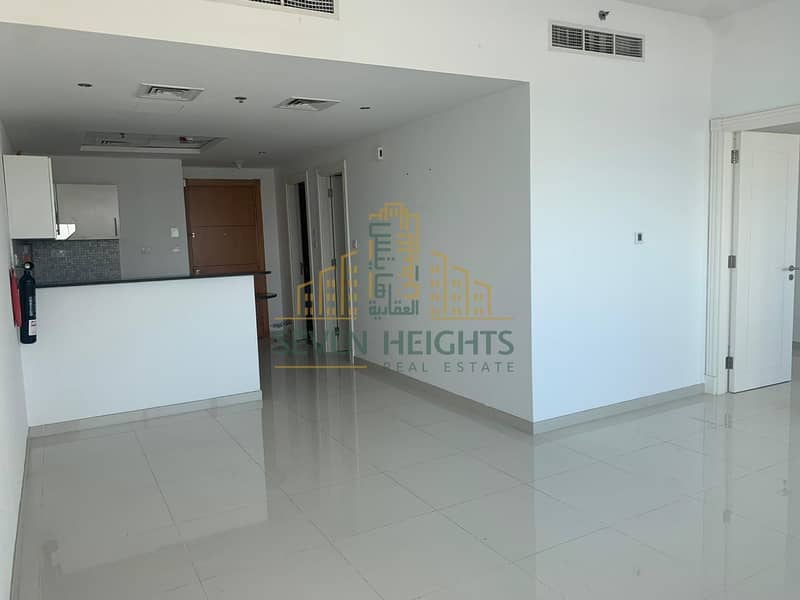 2 Vacant now  Spacious apartment  Perfect view