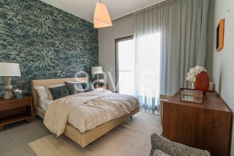 22 Luxurious 3BR Courtyard Villa in Al Zahia