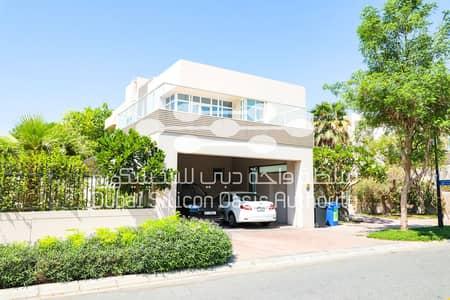5 Bedroom Villa for Rent in Dubai Silicon Oasis, Dubai - side front 10:30 10/14