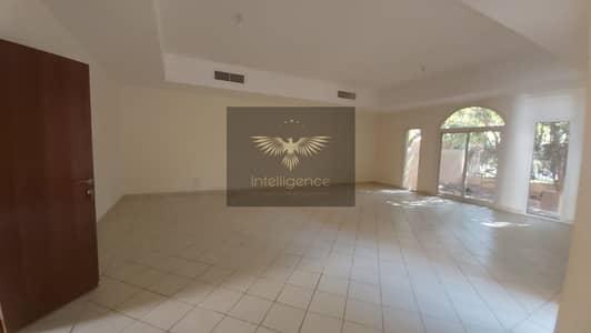 5 Bedroom Villa for Rent in Sas Al Nakhl Village, Abu Dhabi - Vacant! Spacious Villa w/ Maid` Room/ Huge Backyard