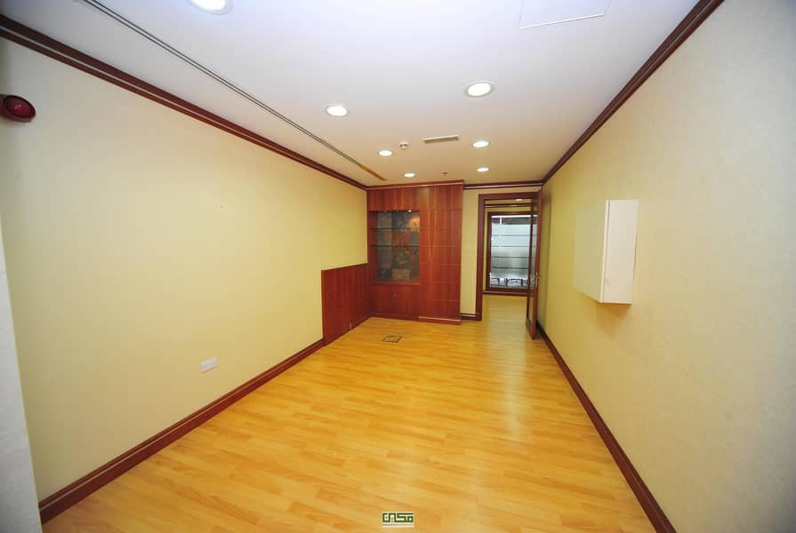 2 No Commission|Chiller Free|Fitted office for rent