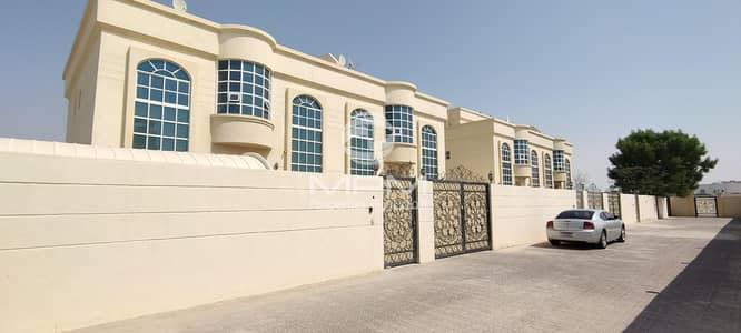 فیلا 5 غرف نوم للايجار في مدينة محمد بن زايد، أبوظبي - Huge
