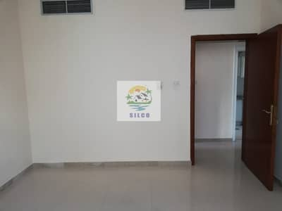 2 Bedroom Flat for Rent in Hamdan Street, Abu Dhabi - Spacious Central Air condition & gas