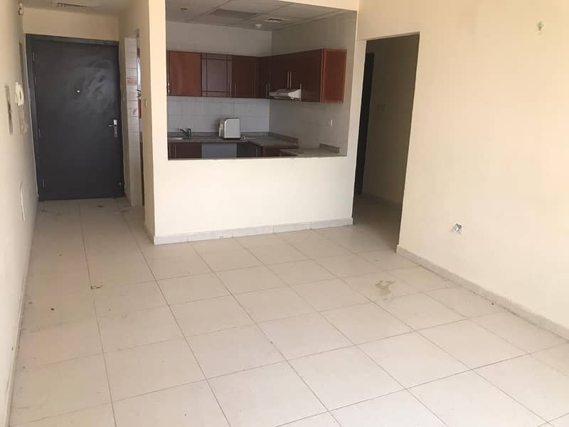 new apartment for rent behind Emirates City