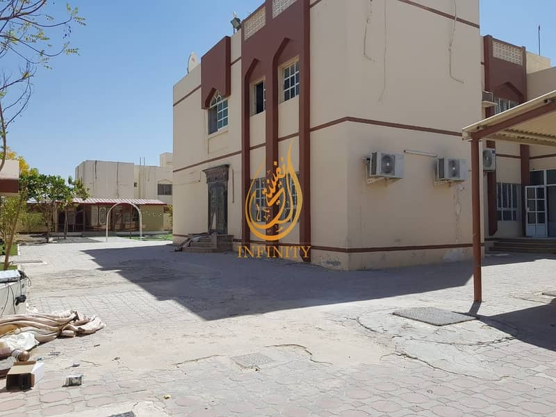 Spacious Ten Bedrooms Villa | Outside Kitchen | Outside Mulhaqa/Majlis | Huge Parking | Garden