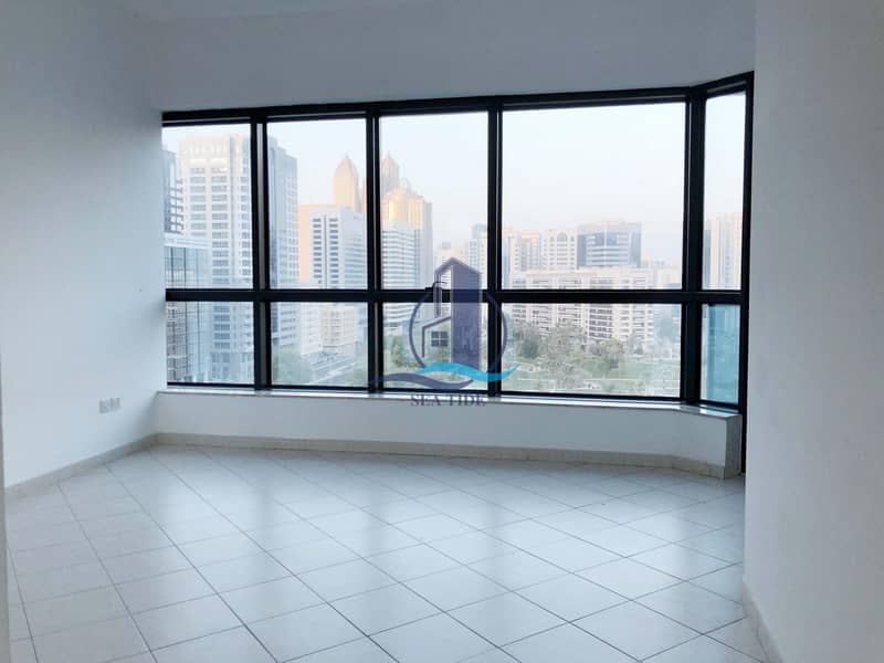 2 Hot Offer! Large 1 Bedroom Apartment with Balcony