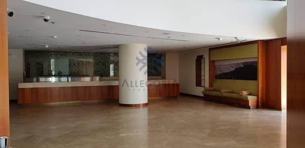 محل تجاري  للايجار في شارع الشيخ زايد، دبي - Fitted Restaurant : Hotel and Office Tower