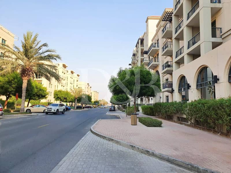AVAILABLE NOW | FULLY FURNISHED | BALCONY