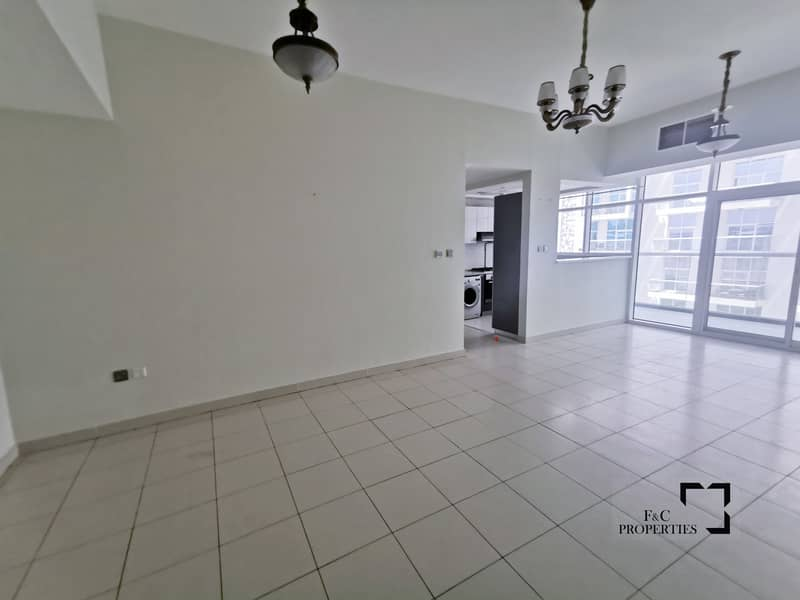 29 Garden View | Vacant | Two Balconies