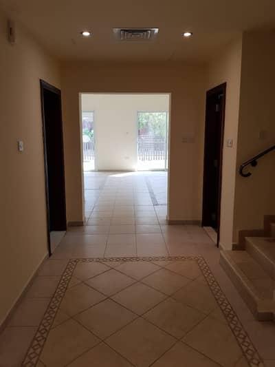 فیلا 2 غرفة نوم للايجار في مدينة بوابة أبوظبي (اوفيسرز سيتي)، أبوظبي - Available Good villa in Seashore Community
