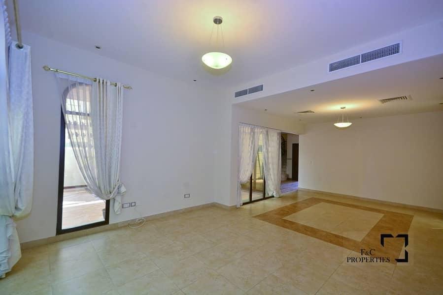 2 Corner Unit | 4 BR+Maids Room | Single Row |