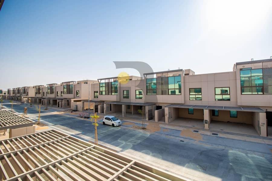 30 4 bedroom - Middle Unit|Grand View by Millennium Estate|Meydan