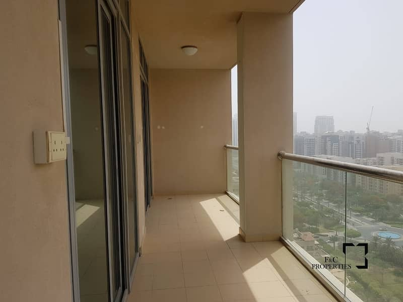 11 Full Golf and Lake view 2 bedroom