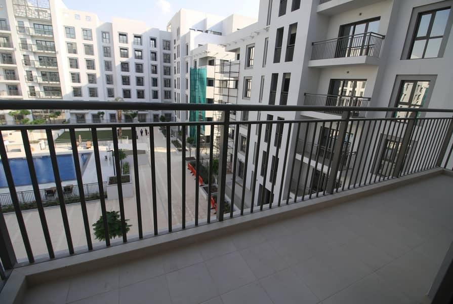 2 1 MONTH FREE | 3 + Maid + Laundry | Full Pool View