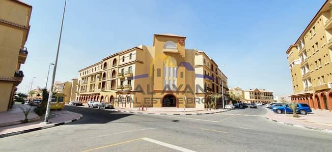 فلیٹ 1 غرفة نوم للايجار في المدينة العالمية، دبي - شقة في الحي الإسباني المدينة العالمية 1 غرف 23000 درهم - 4822657