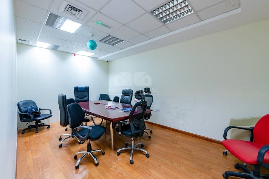 2 Immaculate fully fitted office | palace towers DSO