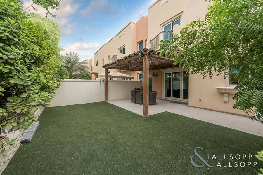 Tastefully Landscaped   Immaculate 4 Bed