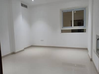 1 Bedroom Apartment for Rent in Muwailih Commercial, Sharjah - HOT DEAL BRAND NEW BULDING 1 BEDROOM HALL ONLY 17K IN MUWAILIH AREA CALL NOW