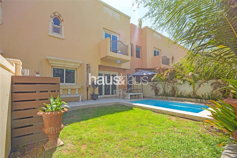 2 Direct Park Backing | Private Pool | TH2