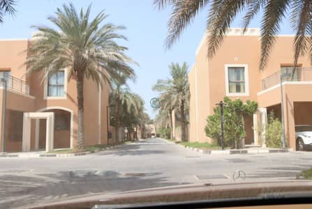 4 Bedroom Villa for Rent in Abu Dhabi Gate City (Officers City), Abu Dhabi - 4BED VILLA IN MANGROOVE (COMISSION FREE)