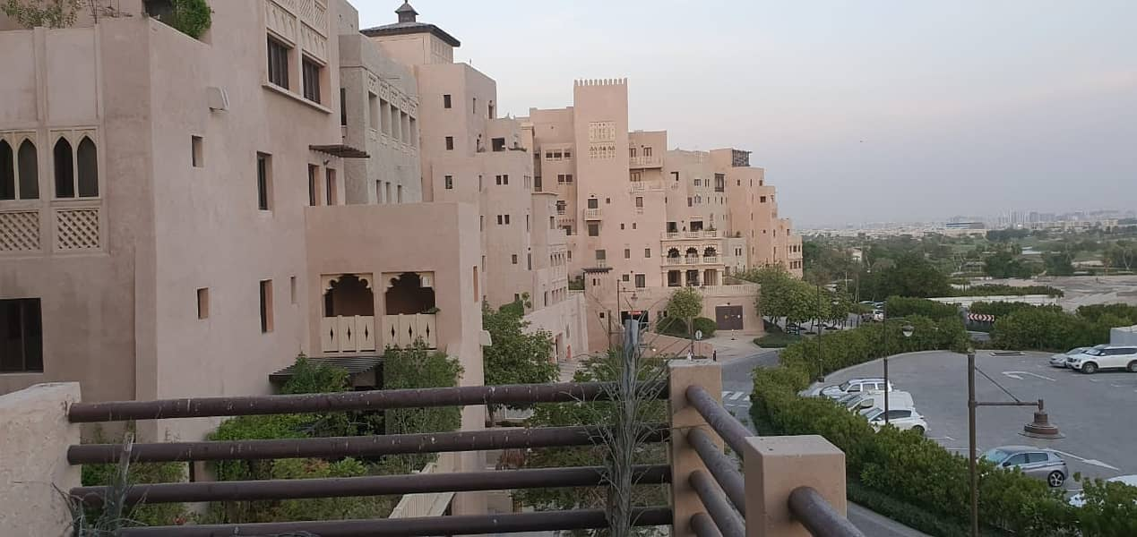 3 BEDROOM FOR RENT WITH LARGE BALCONY