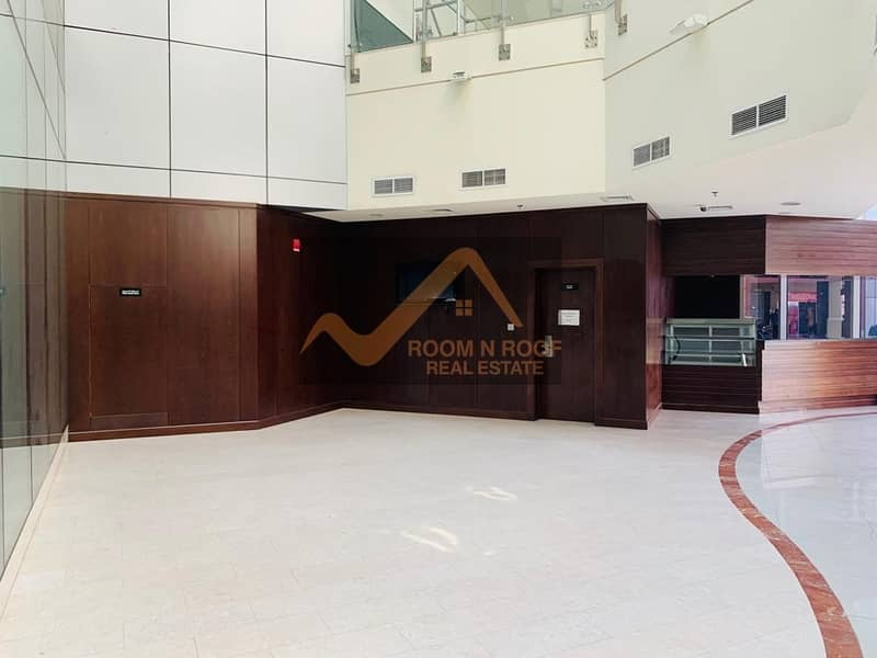Burj Khalifa View| Fully Fitted Shop For Rent| Crystal Tower| Business Bay|