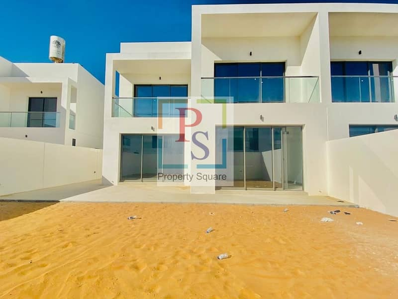 16 Exclusive Type X 3  bedroom Townhouse at Prime Location