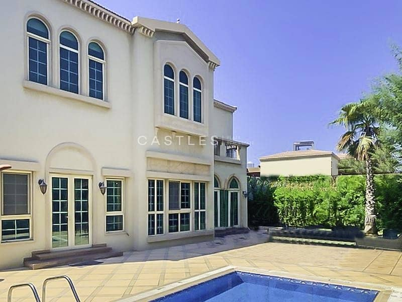 Lake View- 4  bed+maids in Jumeirah islands
