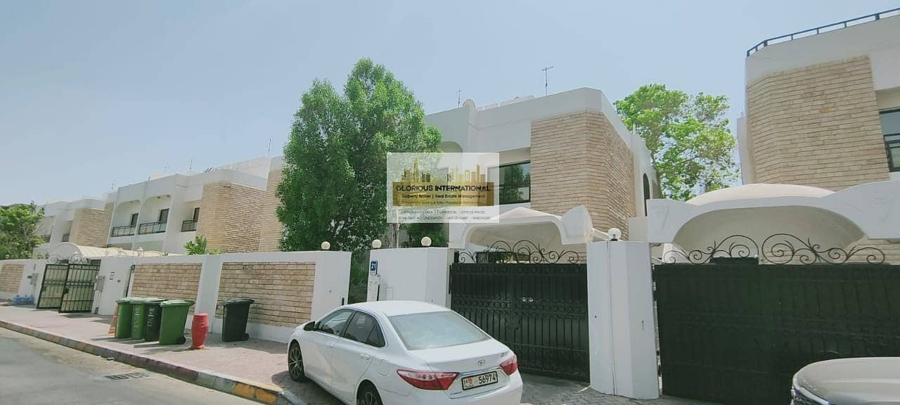 Appealing Villa w/ Garden in Khalidiya Corniche