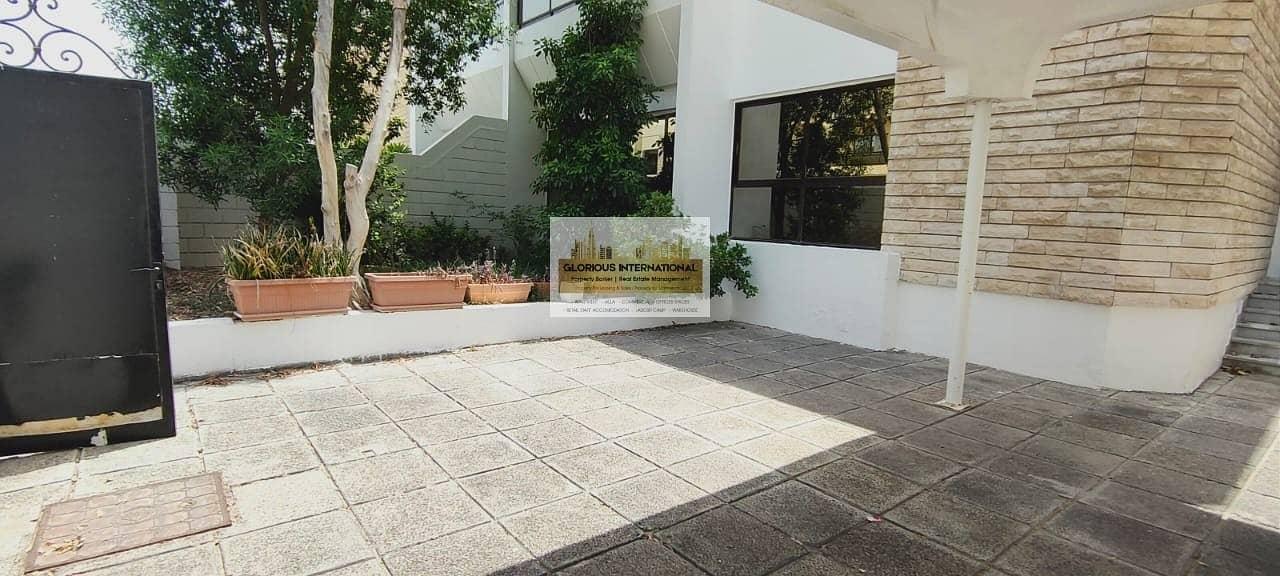 38 Appealing Villa w/ Garden in Khalidiya Corniche