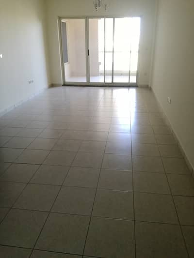شقة 2 غرفة نوم للايجار في واحة دبي للسيليكون، دبي - فيلا هيفنلي مطلة على غرفتي نوم ، غرفة نوم ماستر ، صالة كبيرة مع شرفة رائعة وشهرين مجانًا
