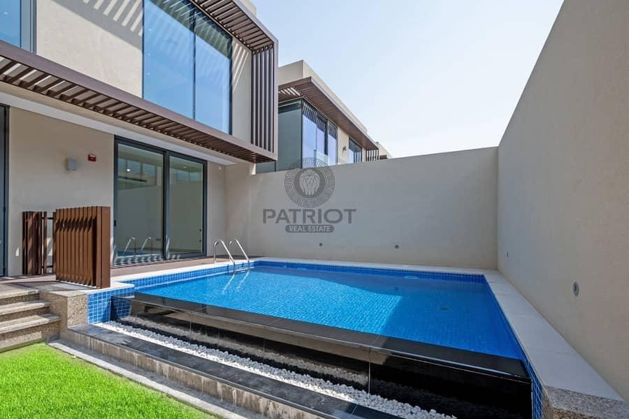 2 True Listing  Pay 1.795M & take Keys 75% in 3 Years  Superb Quality Villa