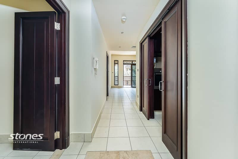 2 Natural Lit and Spacious with Study | City View