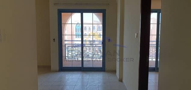 فلیٹ 1 غرفة نوم للايجار في المدينة العالمية، دبي - شقة في الحي الفارسي المدينة العالمية 1 غرف 23000 درهم - 4825003