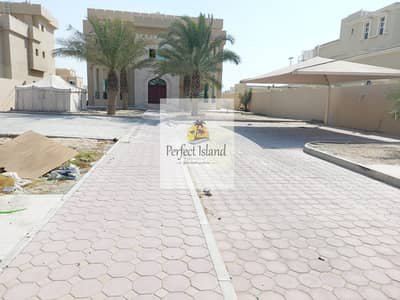 6 Bedroom Villa for Rent in Mohammed Bin Zayed City, Abu Dhabi - Stand Alone Villa  | Prime Location | Balconies