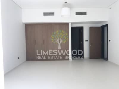 Brand New 1 BR Building 9 Wasl Port Views