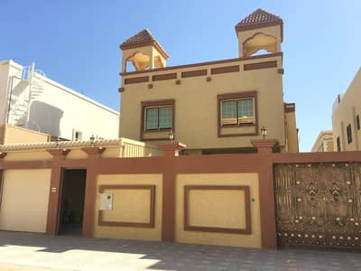 5 Bedroom Villa for Sale in Al Mowaihat, Ajman - Central air-condition villa for sale with attractive specifications, wonderful design, super duplex finishing, with the possibility of bank financing