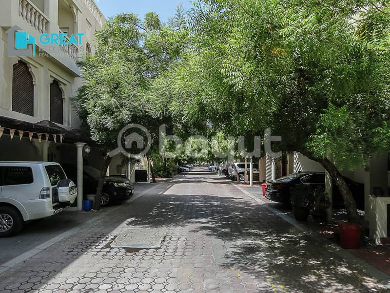 17 3 Bedroom Community Villa For Rent