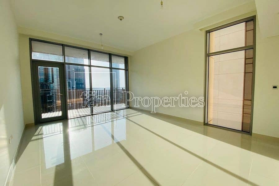 2 BRIGHT - SPACIOUS - VACANT - HIGH FLOOR!