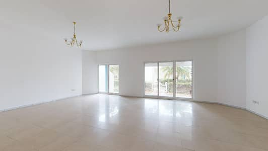 فیلا 4 غرف نوم للايجار في مدينة دبي للإعلام، دبي - Only 2% commission | Shared pool | Near metro
