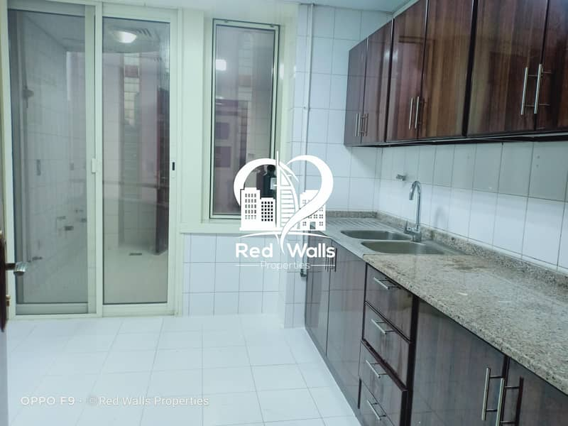 36 Onw Month Free  Fabulous 3BR Hall Apartment